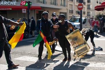 Trois gendarmes tués par des séparatistes au Cameroun)