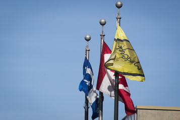 Enquête sur Pornhub Les parlementaires à Québec et à Ottawa choqués)