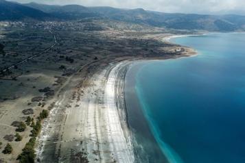 Turquie Un lac immaculé, unique au monde, menacé par sa popularité)