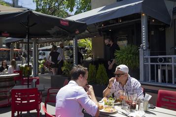 Ouverture des restaurants: la table est mise à Québec)