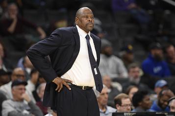 L'ex-vedette des Knicks Patrick Ewing atteint de la COVID-19)