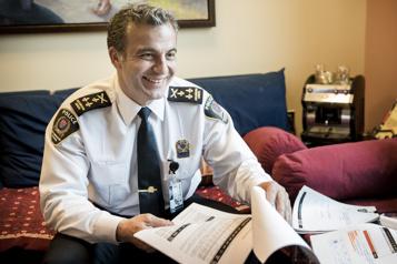 Virage policier communautaire à Longueuil)