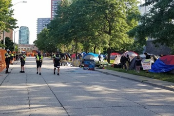 Itinérance Toronto démantèle un autre campement)