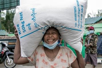 Banque mondiale La croissance mondiale révisée en hausse, les pays pauvres écopent)