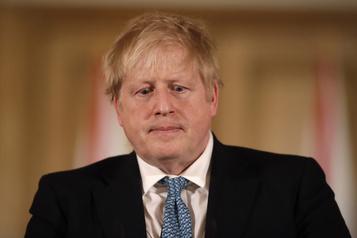 Boris Johnson hospitalisé pour des examens supplémentaires