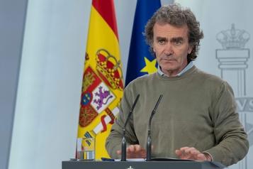 L'Espagne revoit son bilan de la pandémie à la baisse)