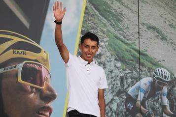 Egan Bernal, gagnant du Tour de France, accueillien héros chez lui