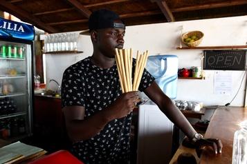 Un restaurateur sénégalais en croisade contre le plastique