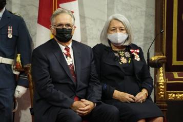 Mary Simon assermentée gouverneure générale du Canada)