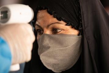 COVID-19: 3000 nouveaux cas en Iran, un pic inédit depuis deux mois)