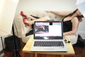 Un New-Yorkais sourd réclame en justice des sous-titres à des sites pornos