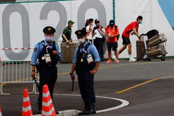 COVID-19 à Tokyo Les organisateurs des JO défendent leurs «contre-mesures»)