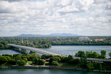 Du plomb retarde les travaux pour le pont de la Concorde