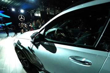 COVID-19 Le Salon de l'auto de New York annulé)