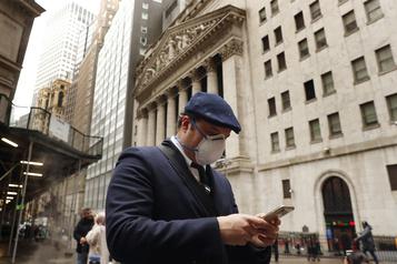 Wall Street clôture en ordre dispersé)