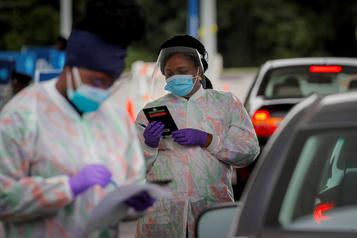 COVID-19 Plus de 7millions de cas enregistrés aux États-Unis)