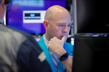 Wall Street repart dans le rouge au lendemain d'une dégringolade