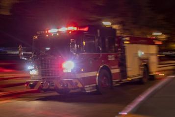 Montréal Un édifice commercial visé par un incendie criminel)