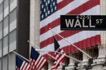 Wall Street reste vigilante face au virus)