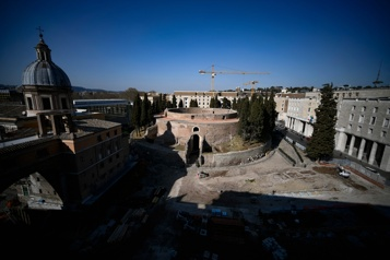 Rome La renaissance du colossal mausolée oublié de l'empereur Auguste)