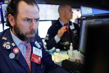Wall Street, peinant à rebondir, termine en ordre dispersé