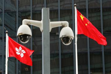 É.-U.: les importations depuis Hong Kong étiquetées «fabriquées en Chine»)