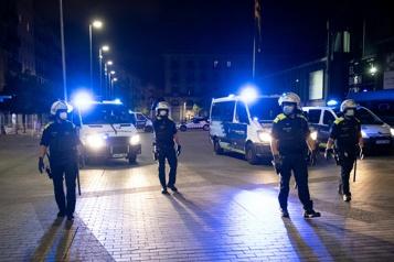 COVID-19 Le couvre-feu prolongé en Catalogne)