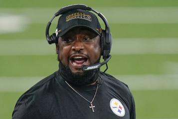 Les Steelers prolongent le contrat de Mike Tomlin)