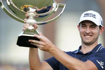 Cantlay gagne le Championnat du circuit de la PGA