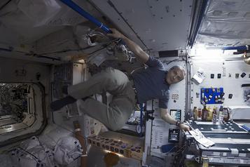 Space Explorers: explorer la Station spatiale, comme si vous y étiez…)