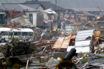 Des inondations au Japon font près de 50morts)