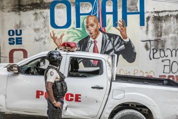 Haïti Funérailles du président assassiné, l'ancien dirigeant Aristide de retour)