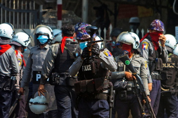 Birmanie Répression meurtrière contre les manifestations)
