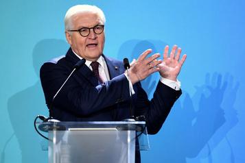 Chute du Mur: le président allemand demande du «respect» aux États-Unis