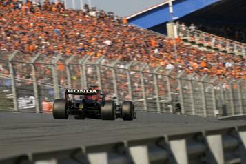Max Verstappen remporte le Grand Prix des Pays-Bas)