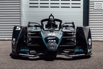 Formule E: des Mercedes toutes noires)