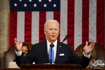 Discours devant le Congrès Joe Biden?: ??L'Amérique est de nouveau en mouvement??)