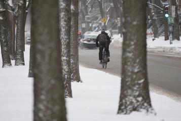 Le vélo d'hiver gagne en popularité au Québec)