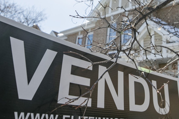 Explosion des ventes de maisons unifamiliales sans protection légale)