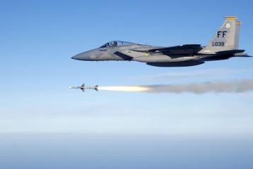 Le raid américain sur les milices pro-Iran en Syrie est un avertissement )