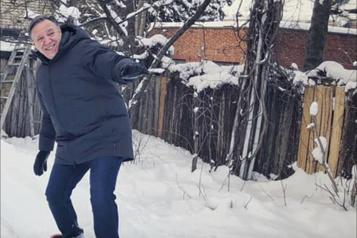 Politiciens et artistes partagent leurs trucs pour garder le moral)