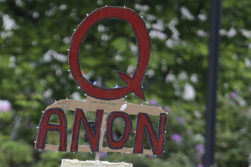 Suisse Une start-up tente de percer le mystère QAnon)