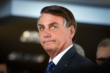 Bolsonaro va demander aux milieux d'affaires de priver de pubs deux journaux brésiliens