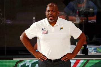 NBA: les Pacers prolongent le contrat de l'entraîneur Nate McMillan)