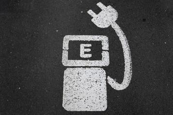 Un million de bornes électriques d'ici 2030? L'Europe est loin du compte )