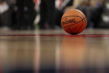 NBA: un journaliste vedette d'ESPN suspendu, des joueurs le soutiennent)