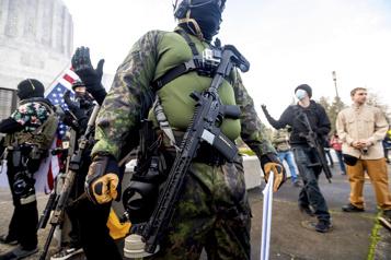 Alerte aux États-Unis face au risque de violences extrémistes)