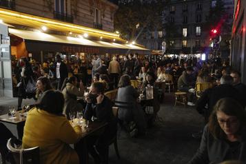 COVID-19 Couvre-feu pour 46millions de Français, Bruxelles serre encore la vis)