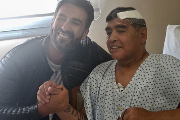 Le médecin de Maradona, visé par une enquête, évoque un patient «ingérable»)