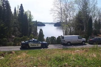 Corps repêché au Lac-Saint-Jean: le dernier motoneigiste identifié)